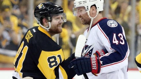 Scott Hartnell and Phil Kessel share pleasantries after Game 5.
