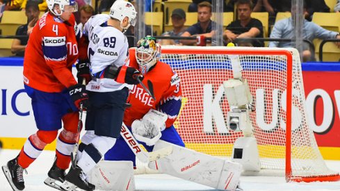 Cam Atkinson tries to score against Team Norway