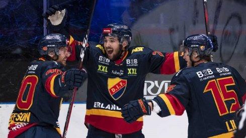 Emil Bemstrom celebrates a goal with Jacob Lilja
