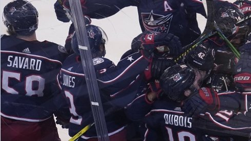 The Columbus Blue Jackets defeated the Toronto Maple Leafs 4-3 in overtime in Game 3 on Thursday night.