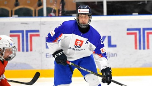 Samuel Knazko lines up a hit.