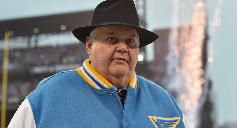 Ken Hitchcock: Snazzy dresser, new Dallas Stars coach