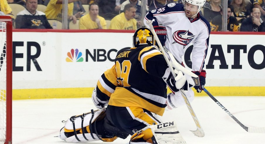 Marc-Andre Fleury stops a Scott Hartnell chance from going into the net.