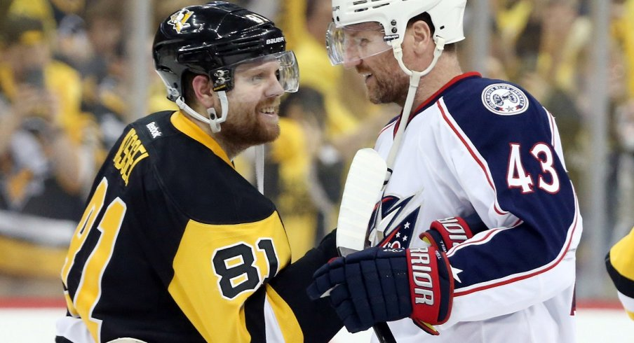 Phil Kessel and Scott Hartnell meet in the handshake line after game five of the first round of the 2017 Stanley Cup Playoffs